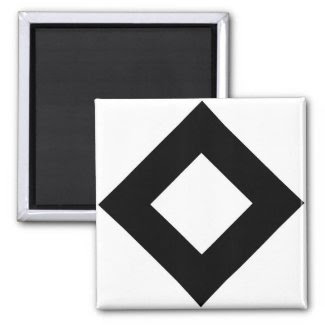 White and Black Diamond Pattern Magnets