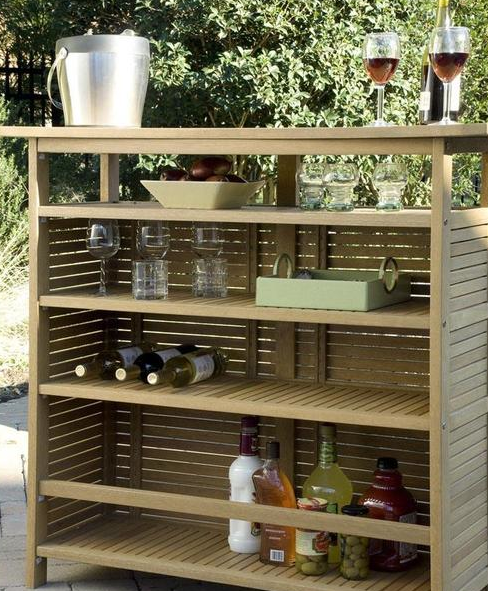 4 Outdoor Bar Furniture Ideas for Your Registry | SimpleRegistry