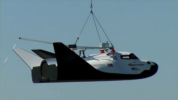 dream-chaser-captive-carry