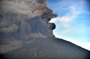 Status Tanggap Darurat Erupsi Gunung Agung sampai Awal Desember