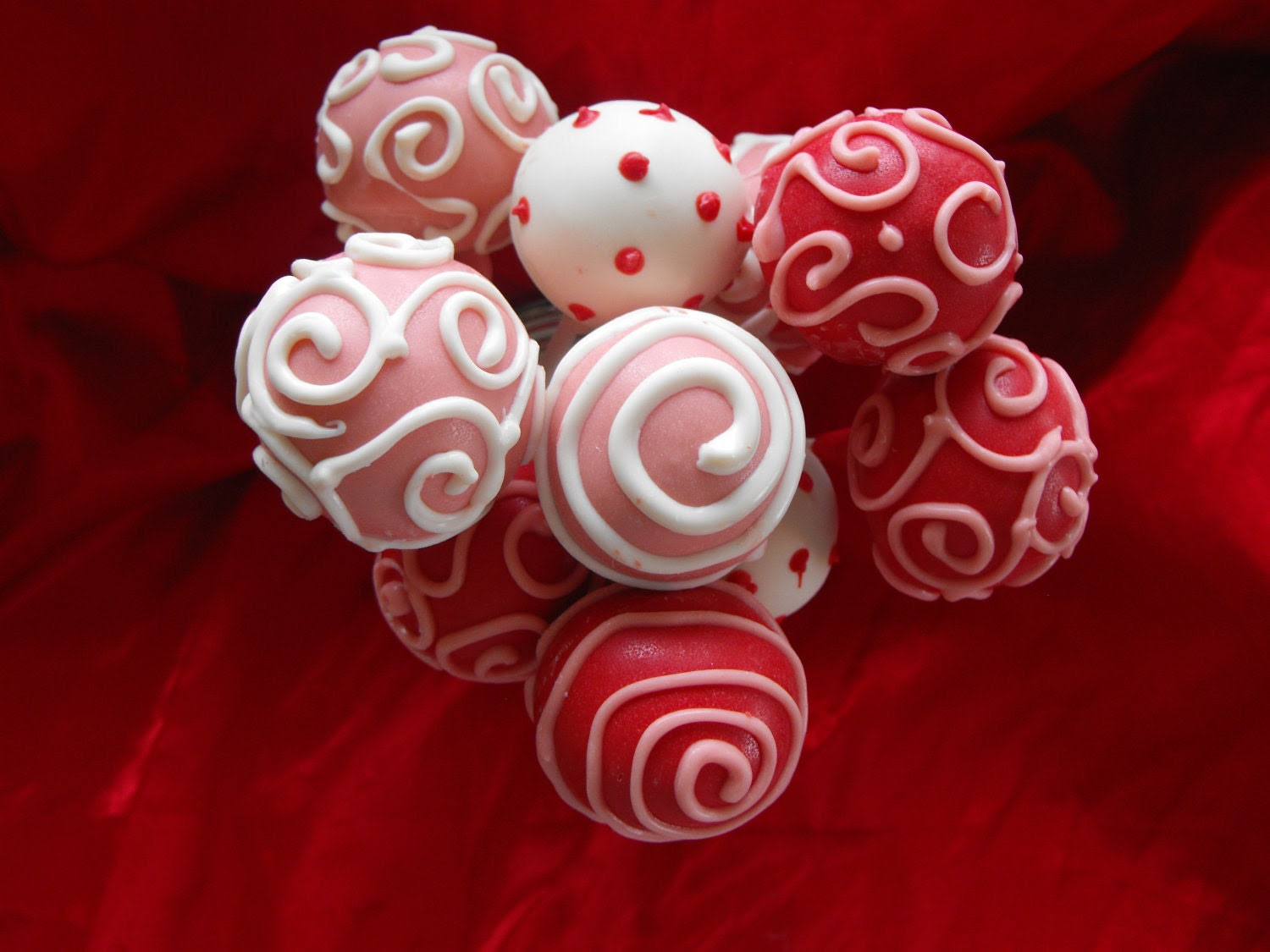 Cake Pops perfect for a birthday, Valentines day  or any other special occasion