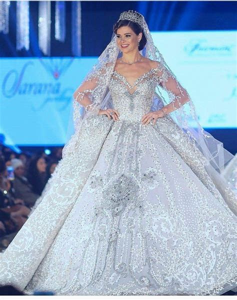 The most expensive wedding dress in the world by fashion