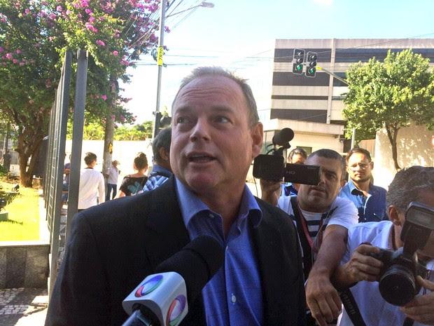 André Gerdau deixa sede da PF em São Paulo (Foto: Glauco Araújo/G1)