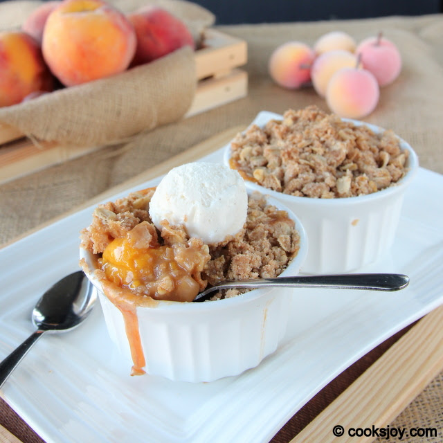 Peach Crumble with Oats Topping | Cooks Joy
