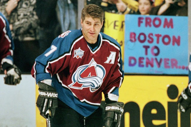 Raymond Bourque, de l'Avalanche du Colorado, avant son... (Photo archives AP)