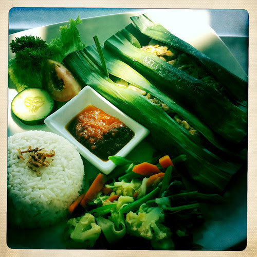 Eat in Indonesia