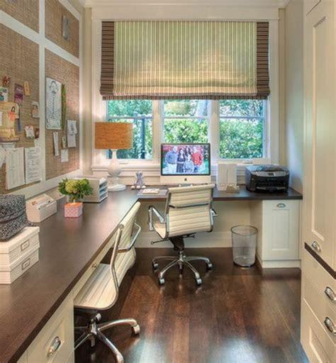 simple home office    window   view decoist