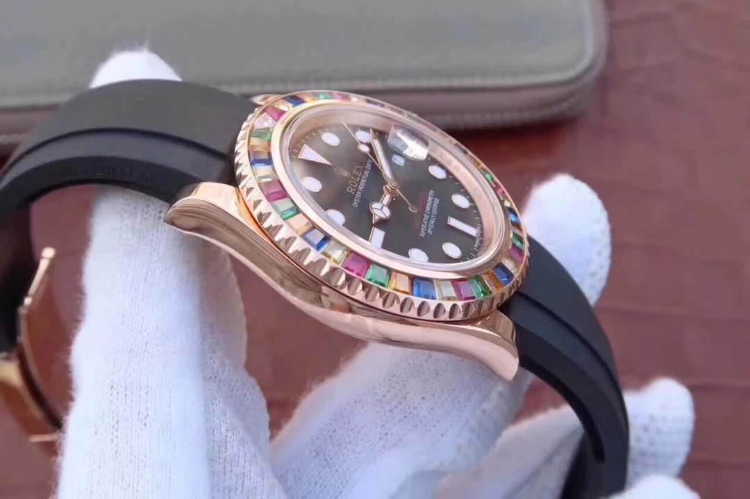 Replica Rolex YachtMaster 116695SATS Case
