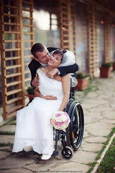 Noiva cadeirante