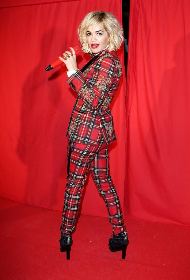 Rita Ora se apresenta em festa em Londres, na Inglaterra (Foto: David M. Benett/ Getty Images)