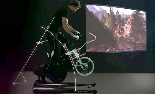 A experiência de realidade virtual se completa com uma tela de 14 polegadas
