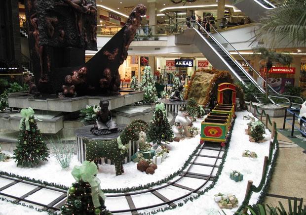 Decoração de Natal do Praiamar Shopping, em Santos, SP (Foto: Mariane Rossi/G1)
