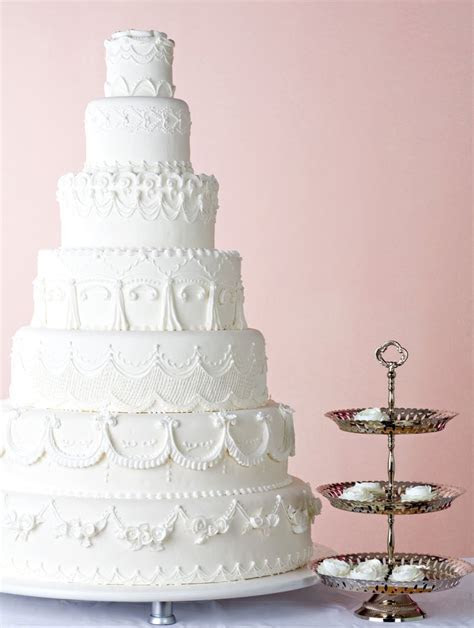 Wedding Cake Design Traditions   POPSUGAR Australia Love & Sex