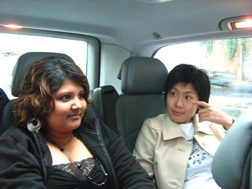 Mui and Maha, continuing the tour