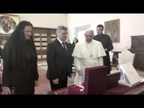 Papst Franziskus empfängt Mazedoniens Präsident (Video)