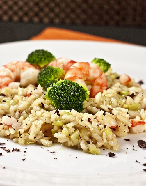 Risotto with broccoli, poached prawns, roasted sesame seeds oil and dark chocolate