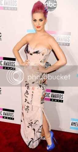 American Music Awards 2011: Red Carpet Fashion