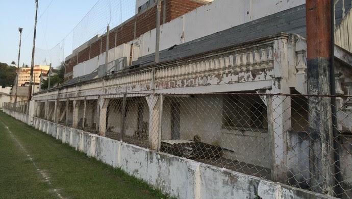 Estádio Juvenal Lamartine, em Natal (Foto: Jocaff Souza/GloboEsporte.com)