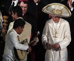 Benedicto XVI, antes de despedirse de México