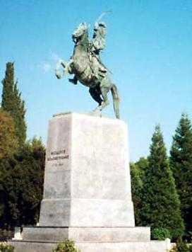Το άγαλμα του Θεόδωρου Κολοκοτρώνη στην Τρίπολη
