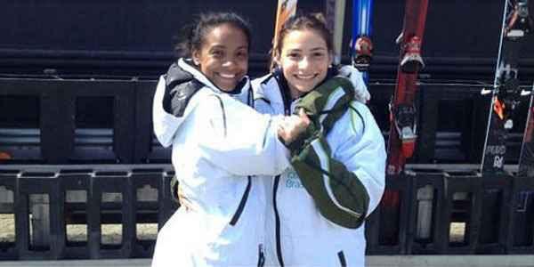 Josi e Laís (d) treinavam juntas na busca por uma vaga nos Jogos Olímpicos de Inverno de Sochi (Divulgação)