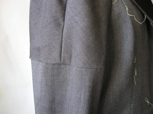 Vogue 1143 jacket sleeve solution