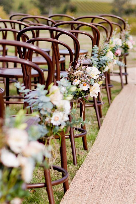 40 Ways to Decorate Your Ceremony Aisle   Wedding: Floral