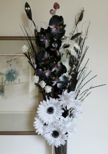 Black And White Dried And Artificial Flowers Mixed Bouquet No Vase Home Decor Floral Decor