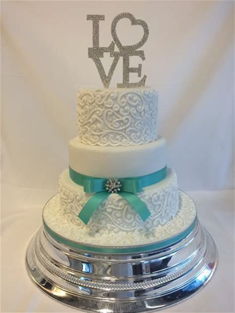 Wedding Cakes & Cupcakes   London & Hertfordshire