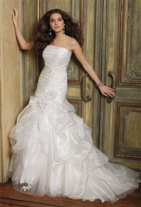 1327691189138 417908409W0 Bayamón wedding dress