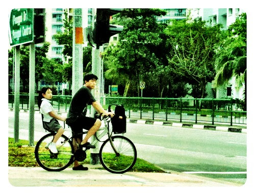 Riding to school by taiwoon
