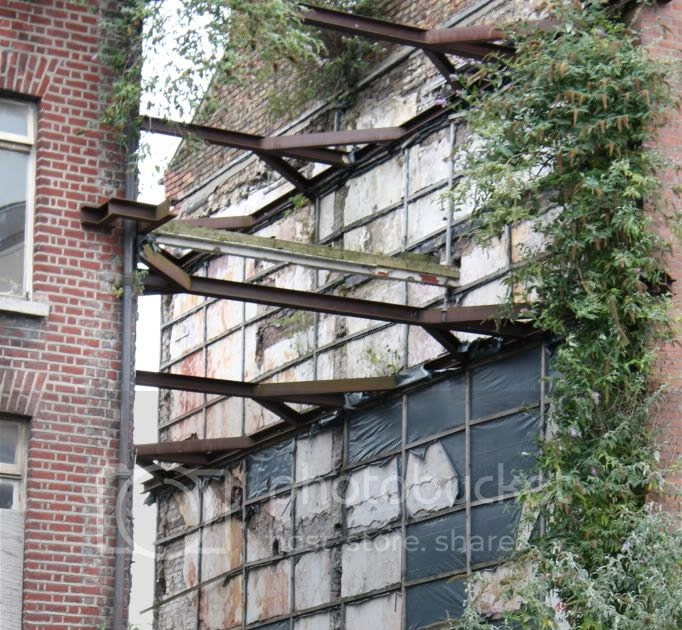 Abandoned Buildings In Amsterdam Ny: Everything Goes Quiet:Abandoned Places: Street-Art And