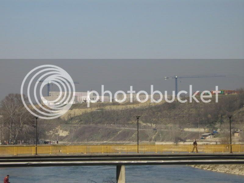 Picture003 resize Νέες φωτογραφίες απο την πρεσβεία   βάση των Αμερικανών στα Σκόπια!