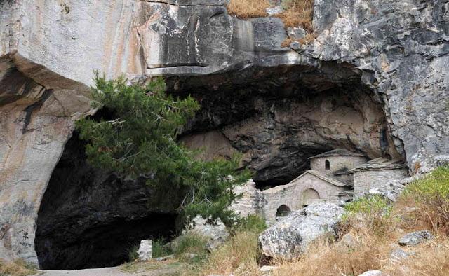Ανεξήγητα Φαινόμενα σε σπήλαια της Ελλάδας - Τα σφράγισαν και απαγόρευσαν αυστηρά να πλησιάσει οποιοσδήποτε! [Εικόνες] - Φωτογραφία 2