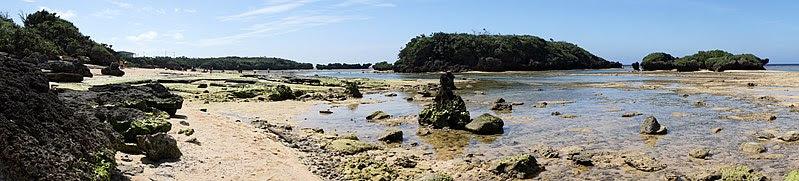 ファイル:Hoshizuna-no-hama Iriomote Island10s3s8192.jpg