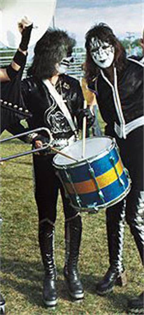 PETER CRISS DRUMS 3