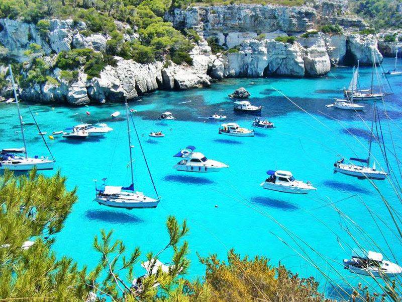 hover-boats-menorca-spain