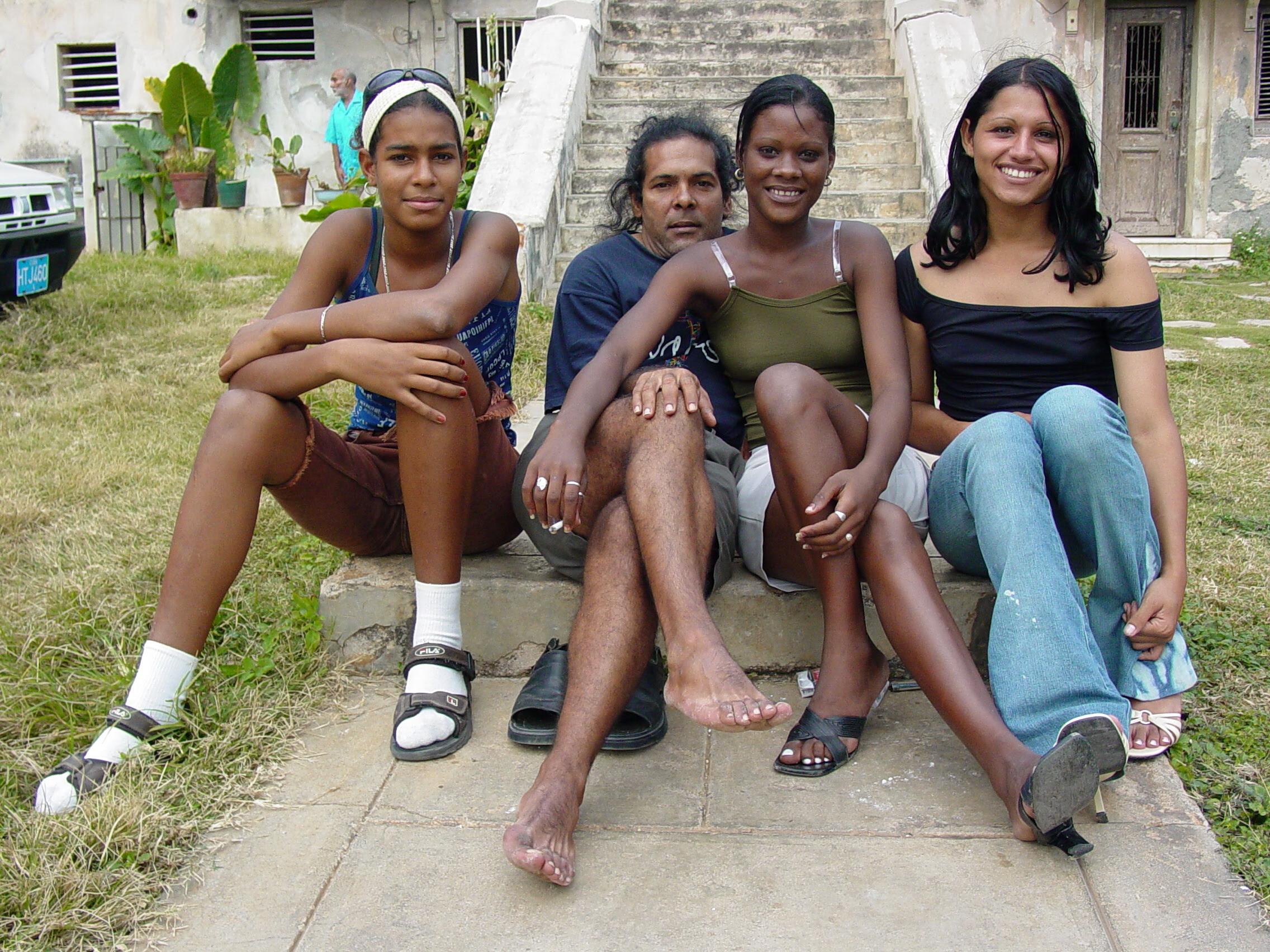 Cuban teen girls make facial home