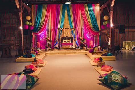 Bollywood decor   BOLLYWOOD,ARABIAN,MOROCCAN Party Theme