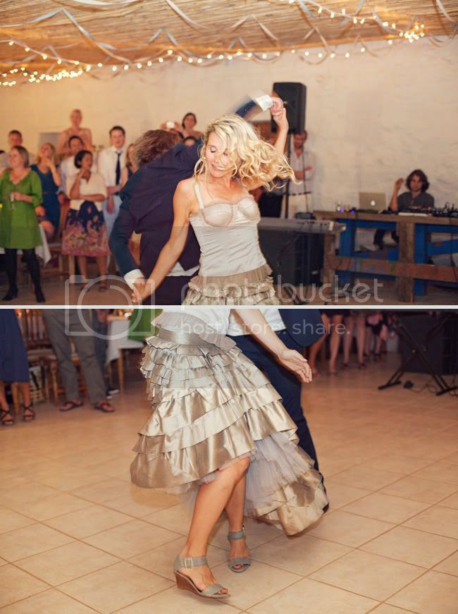http://i892.photobucket.com/albums/ac125/lovemademedoit/welovepictures/PrinceAlbert_Wedding_WM_040.jpg?t=1331738349