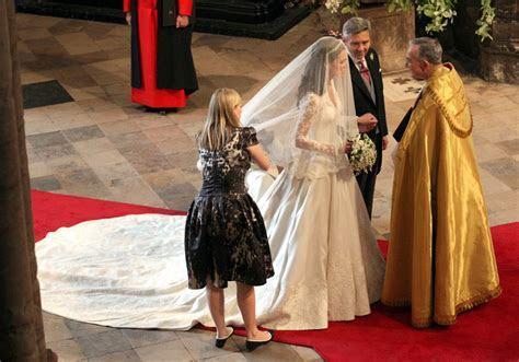 Kim Kardashian and Kate Middleton wedding dress designer