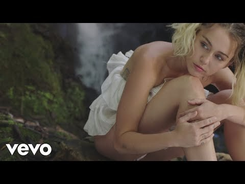The Best Songs of Miley Cyrus (+Videos)