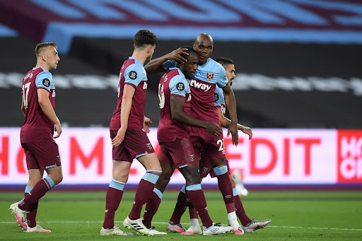 Avatar of Premier League LIVE: West Ham stun Chelsea late on in controversial game, Arsenal and Newcastle claim big