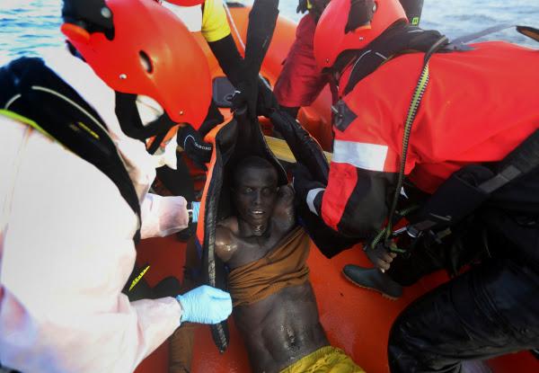 Μετανάστης ανασύρθηκε νεκρός από τα παγωμένα νερά του Αιγαίου
