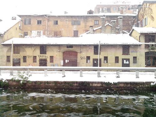 Nevica sul Naviglio Grande by Ylbert Durishti