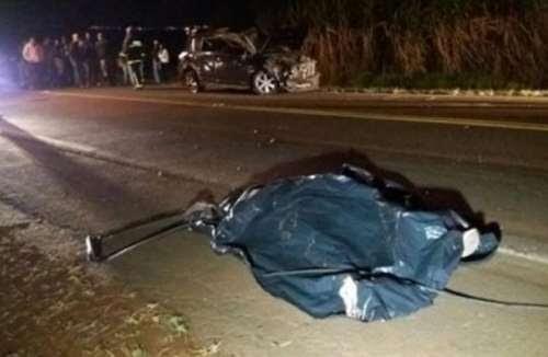 Mulher morre e outra fica gravemente ferida em capotamento na PR-545