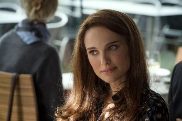 Jane Foster (Natalie Portman), despite missing Thor's presence, goes out on a blind date in THOR: THE DARK WORLD.