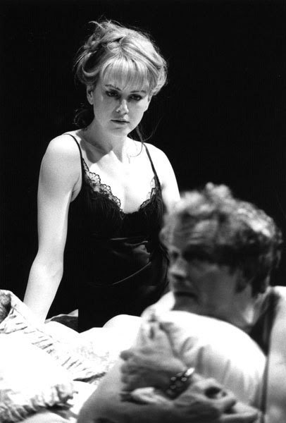 Nicole Kidman on stage in The Blue Room - Nicole Kidman 406x600