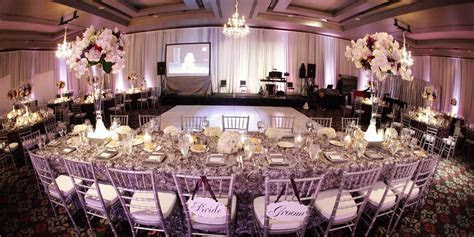 W Seattle Weddings   Get Prices for Wedding Venues in