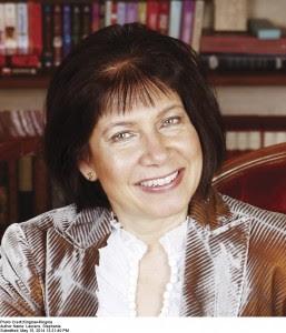 Stephanie Laurens author photo